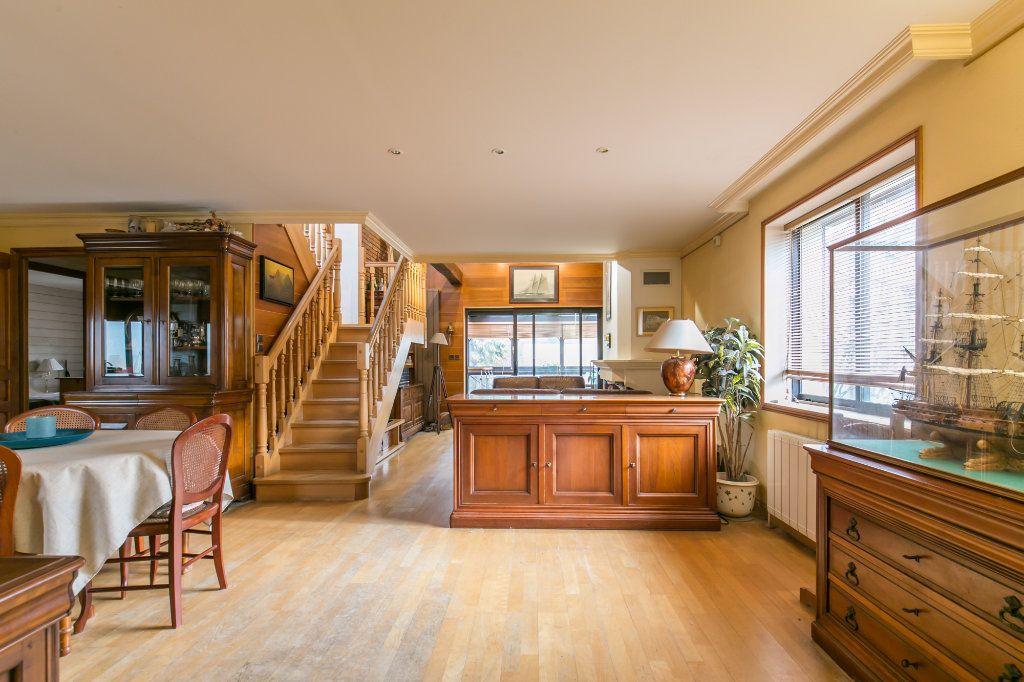 Maison à vendre 5 113.7m2 à Saint-Maur-des-Fossés vignette-4
