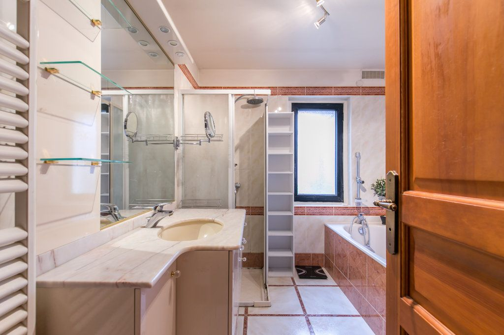 Maison à vendre 5 113.7m2 à Saint-Maur-des-Fossés vignette-5
