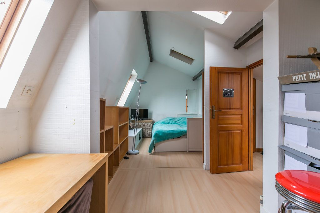 Maison à vendre 5 113.7m2 à Saint-Maur-des-Fossés vignette-8