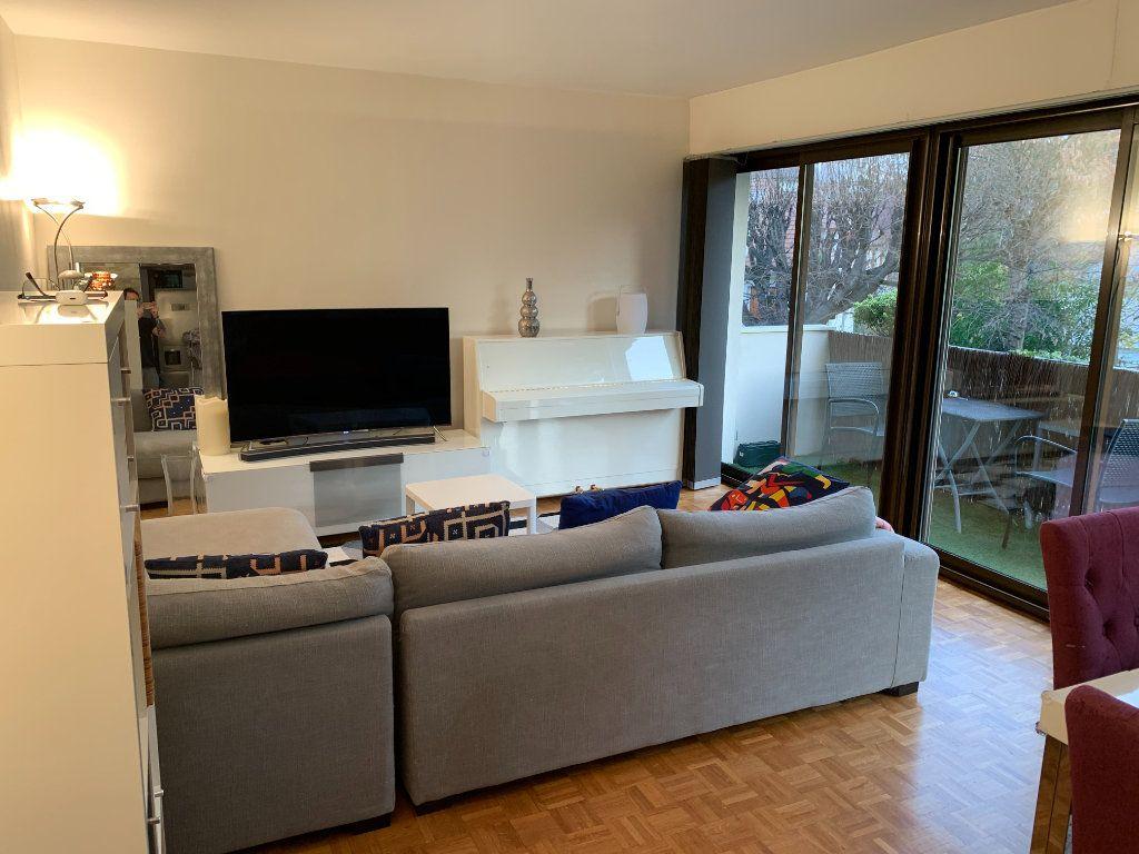 Appartement à vendre 3 75.29m2 à La Varenne - Saint-Maur-des-Fossés vignette-3