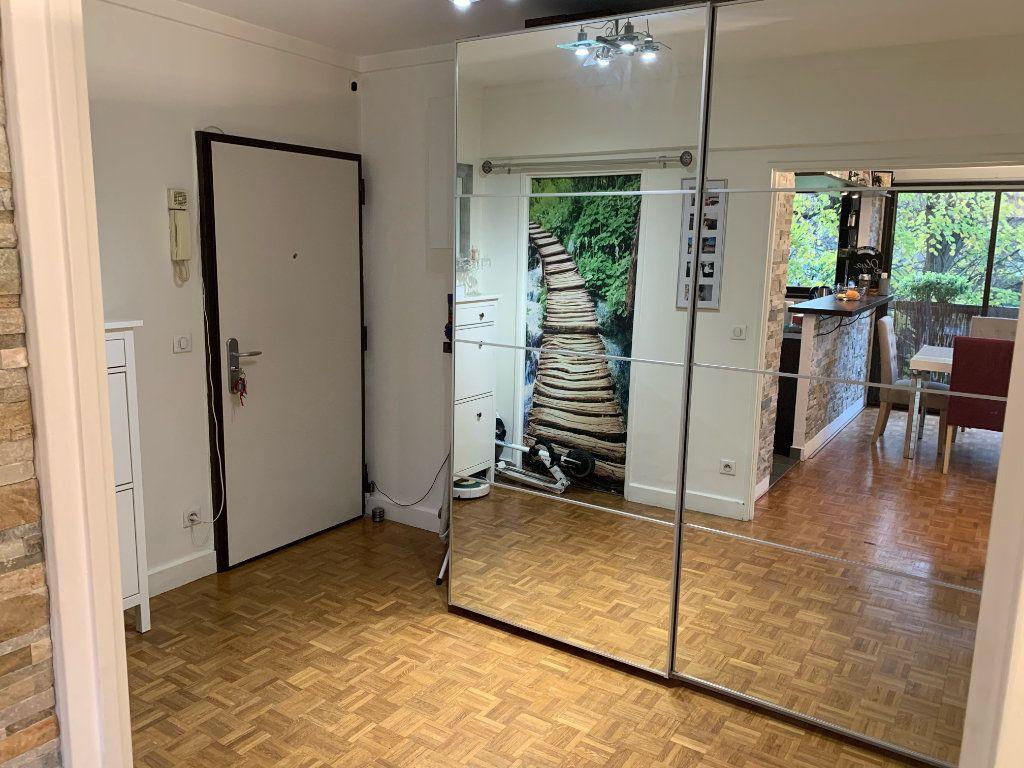 Appartement à vendre 3 75.29m2 à La Varenne - Saint-Maur-des-Fossés vignette-4