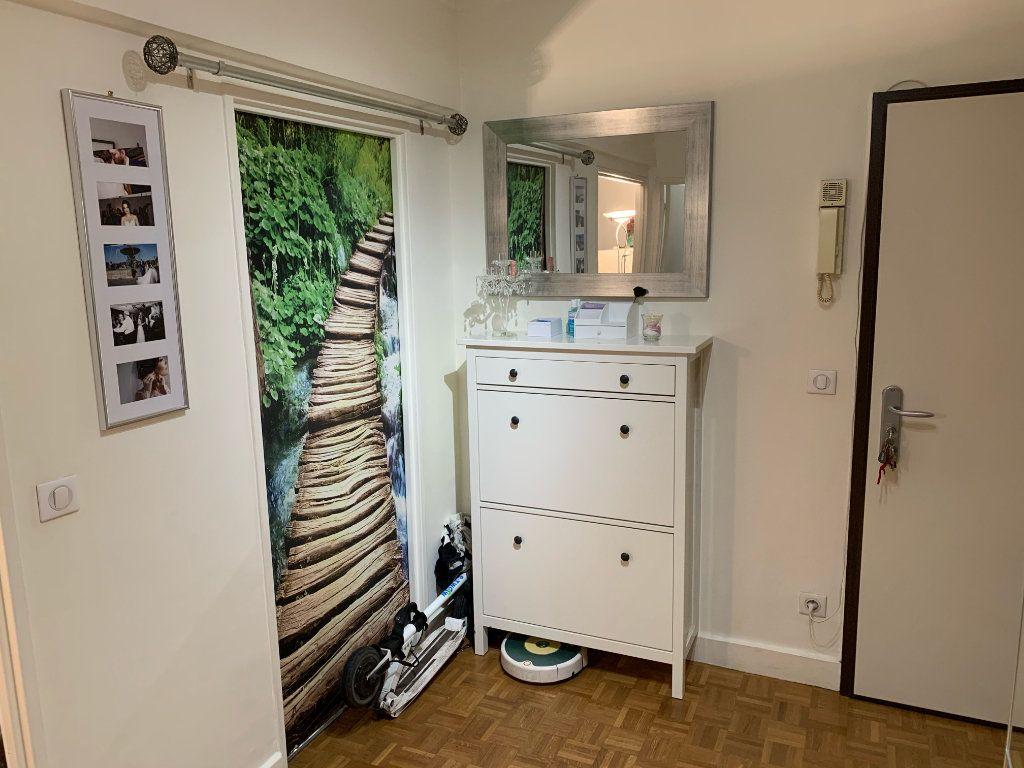 Appartement à vendre 3 75.29m2 à La Varenne - Saint-Maur-des-Fossés vignette-5