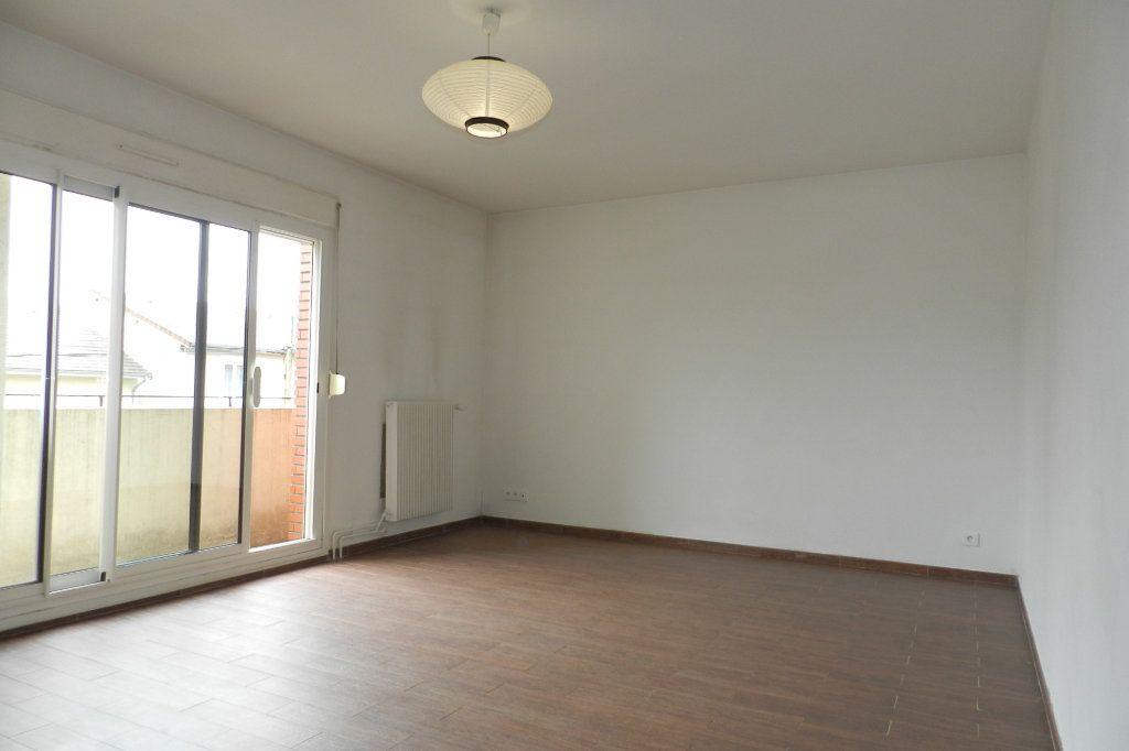 Appartement à louer 2 48.06m2 à Saint-Maur-des-Fossés vignette-2