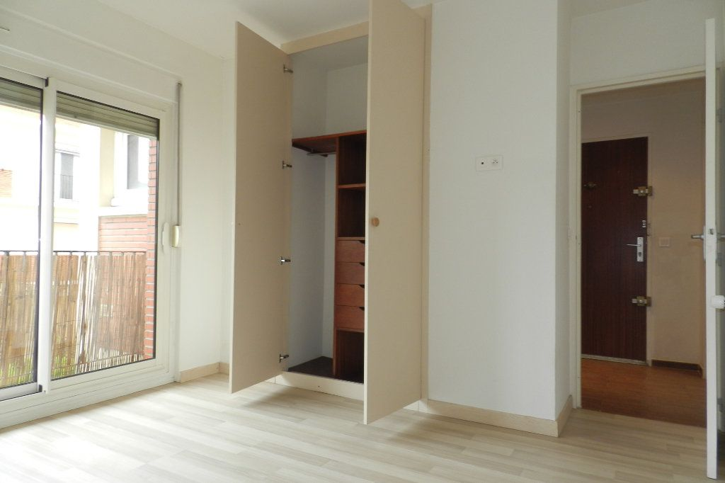 Appartement à louer 2 48.06m2 à Saint-Maur-des-Fossés vignette-3