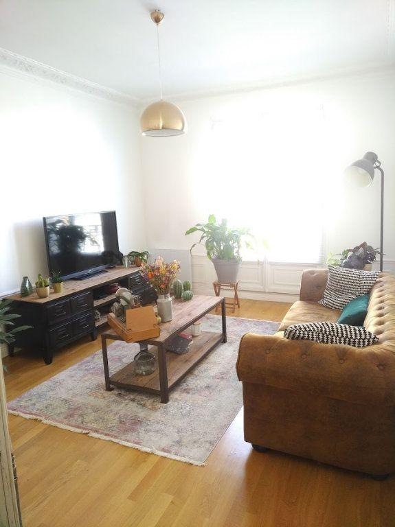 Appartement à vendre 3 67m2 à La Varenne - Saint-Maur-des-Fossés vignette-4