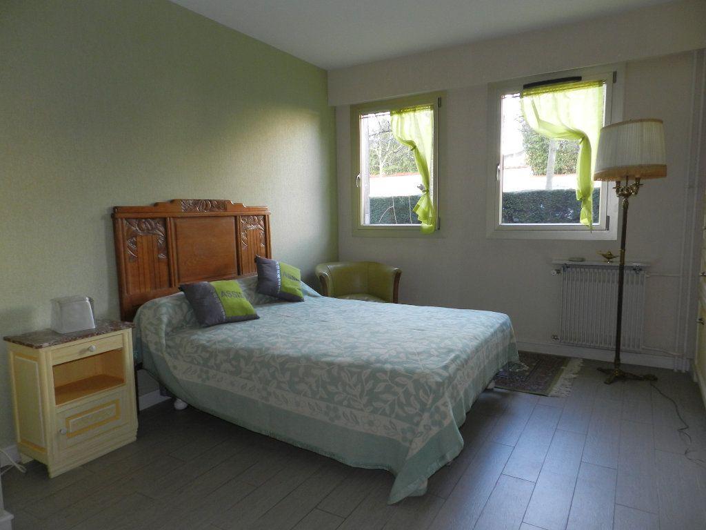 Appartement à vendre 3 84.7m2 à La Varenne - Saint-Maur-des-Fossés vignette-10