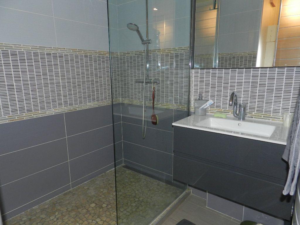 Appartement à vendre 3 84.7m2 à La Varenne - Saint-Maur-des-Fossés vignette-11