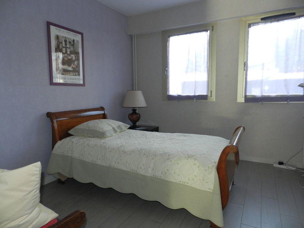 Appartement à vendre 3 84.7m2 à La Varenne - Saint-Maur-des-Fossés vignette-13