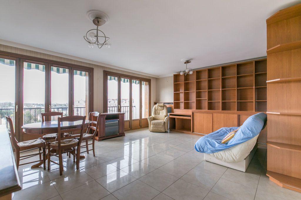 Appartement à vendre 3 59.2m2 à La Varenne - Saint-Maur-des-Fossés vignette-2