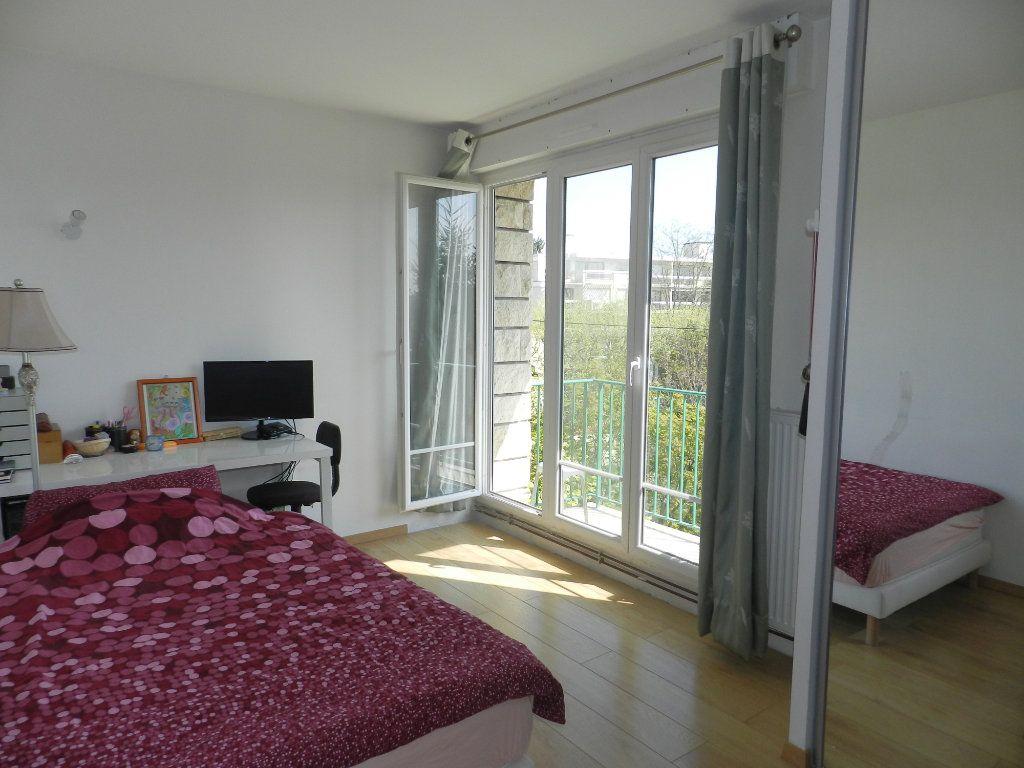 Appartement à vendre 3 61.46m2 à Saint-Maur-des-Fossés vignette-9
