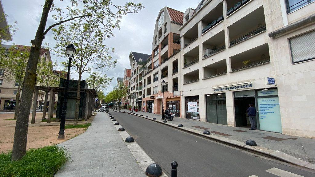 Appartement à louer 2 48.32m2 à Saint-Maur-des-Fossés vignette-1