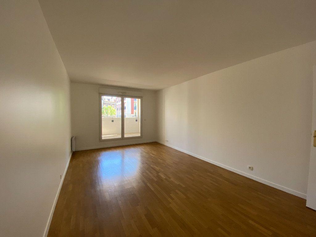 Appartement à louer 2 48.32m2 à Saint-Maur-des-Fossés vignette-2