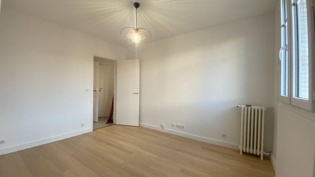 Appartement à louer 2 34.71m2 à La Varenne - Saint-Maur-des-Fossés vignette-2
