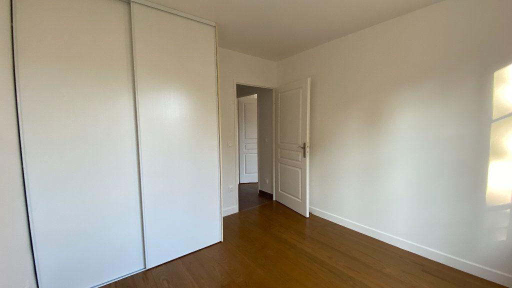 Appartement à louer 3 68.86m2 à Chennevières-sur-Marne vignette-11