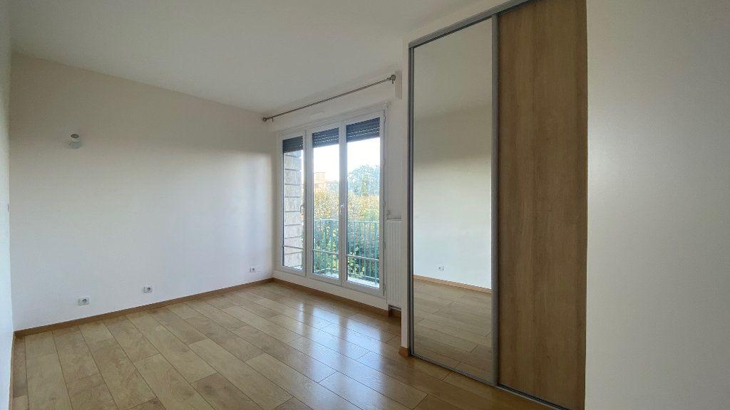Appartement à louer 3 61m2 à Saint-Maur-des-Fossés vignette-6