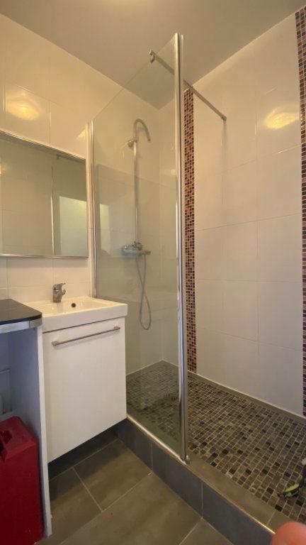 Appartement à louer 3 61m2 à Saint-Maur-des-Fossés vignette-10