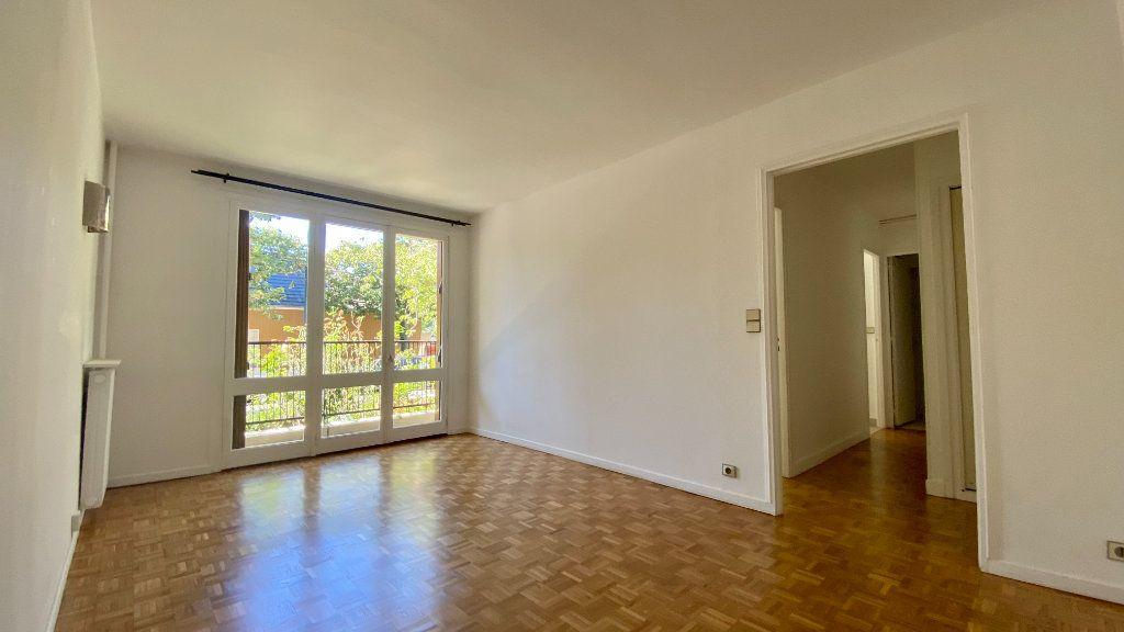 Appartement à louer 2 41.8m2 à Saint-Maur-des-Fossés vignette-4