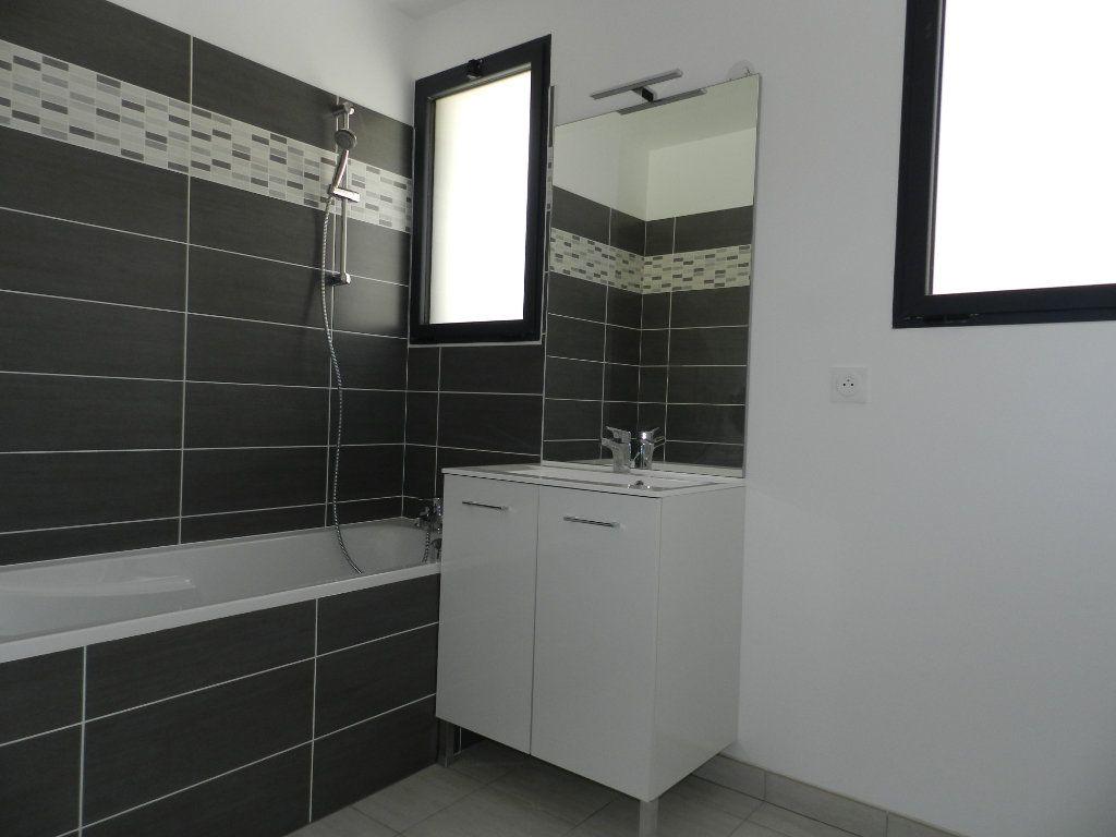 Appartement à louer 2 52.4m2 à Chennevières-sur-Marne vignette-5