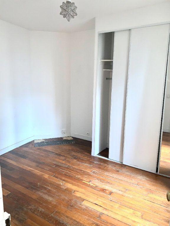 Appartement à louer 1 22m2 à Paris 19 vignette-2