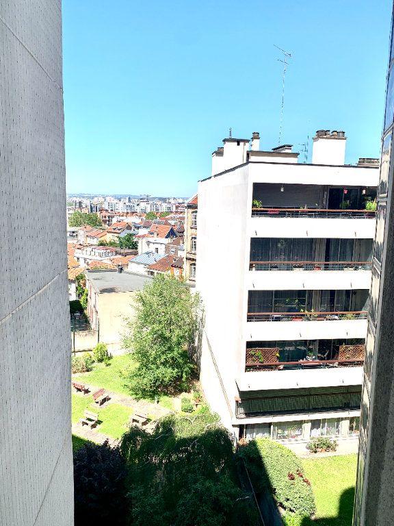 Appartement à louer 1 24.65m2 à Paris 19 vignette-6