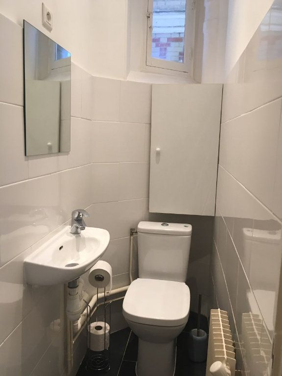 Appartement à louer 2 39.3m2 à Paris 19 vignette-7