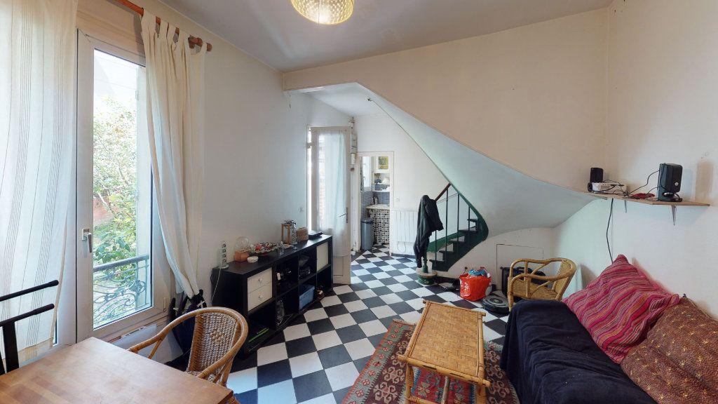 Maison à vendre 3 47.03m2 à Paris 19 vignette-1
