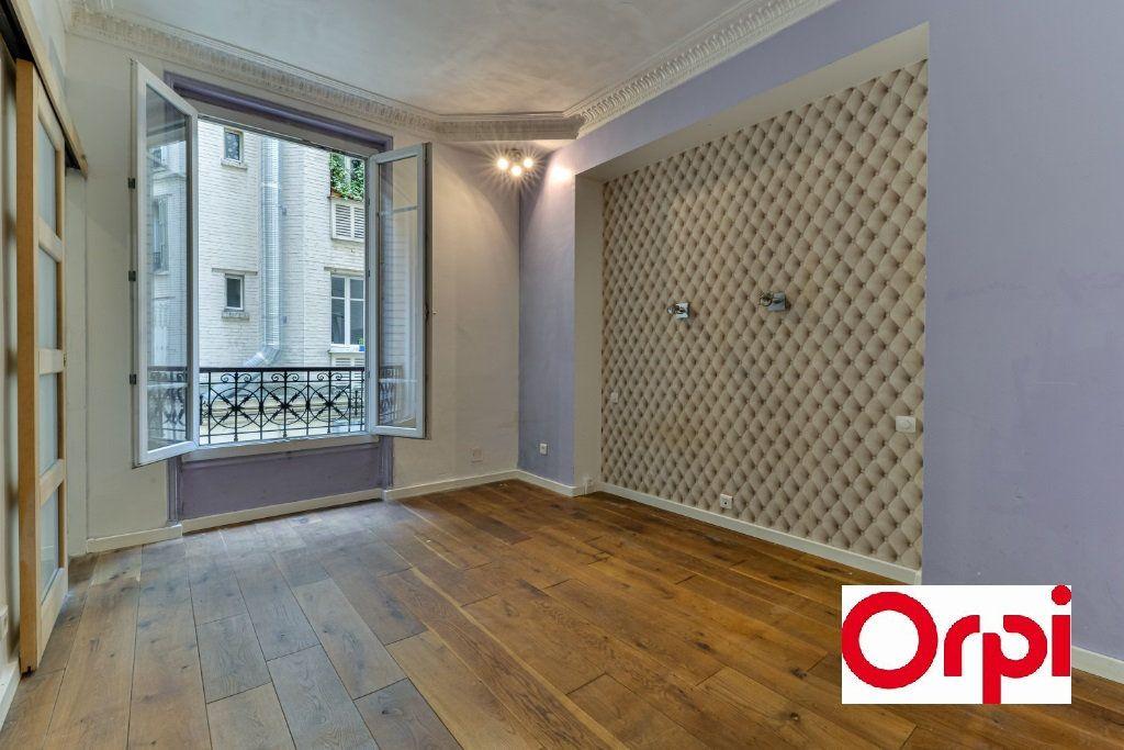 Appartement à vendre 3 56.4m2 à Paris 19 vignette-3