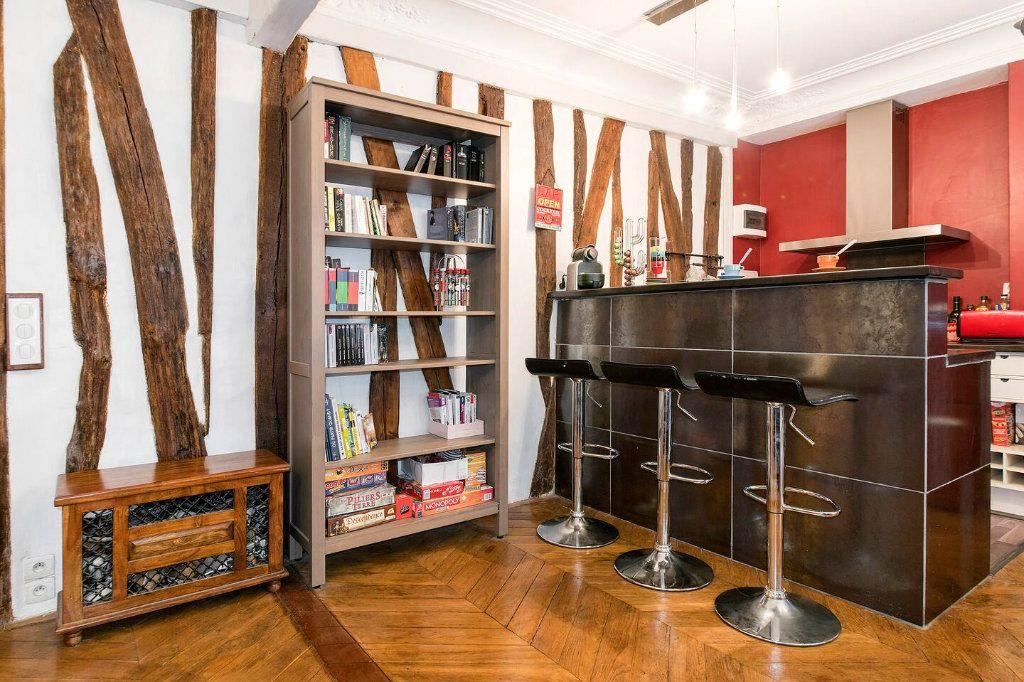 Appartement à louer 3 70.5m2 à Paris 10 vignette-5