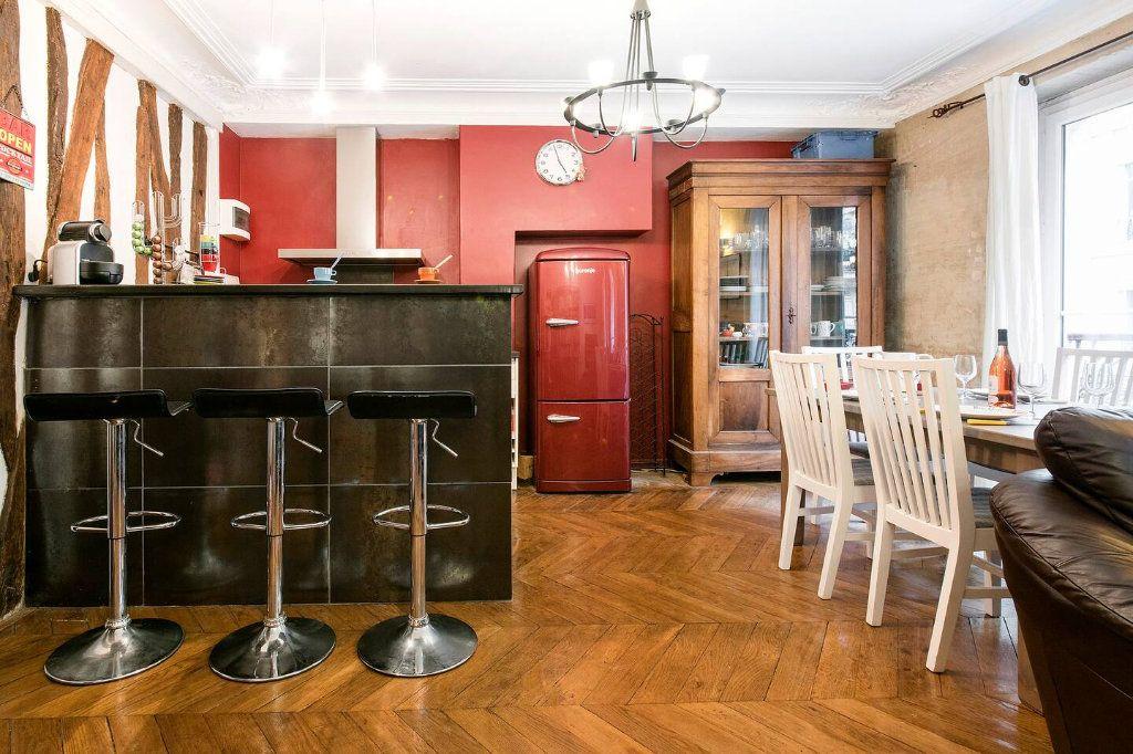 Appartement à louer 3 70.5m2 à Paris 10 vignette-6