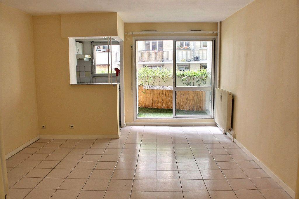 Appartement à vendre 1 30.06m2 à Paris 10 vignette-3