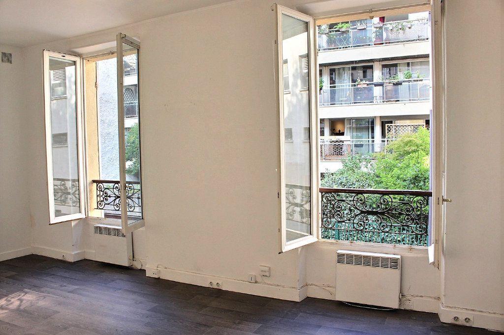 Appartement à vendre 2 24m2 à Paris 19 vignette-3