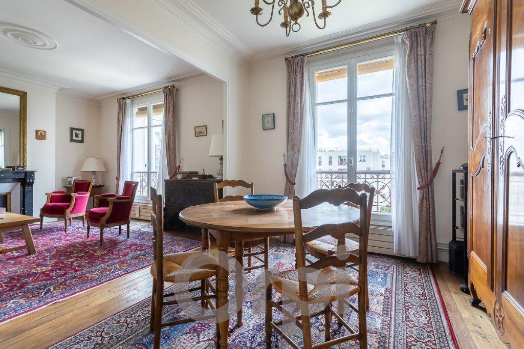 Appartement à vendre 5 115m2 à Paris 19 vignette-8