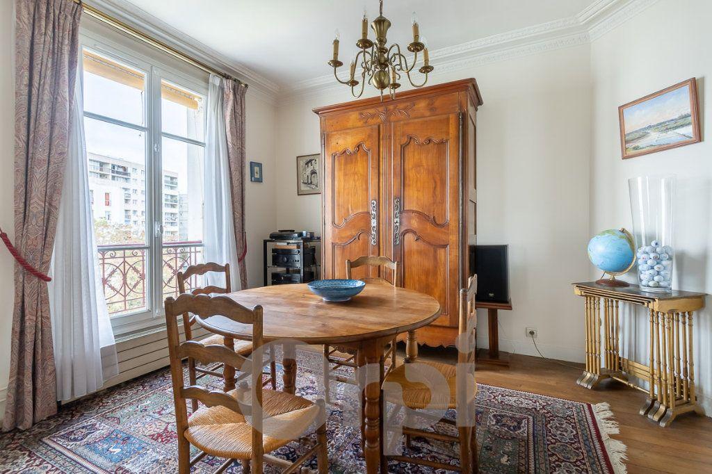Appartement à vendre 5 115m2 à Paris 19 vignette-10