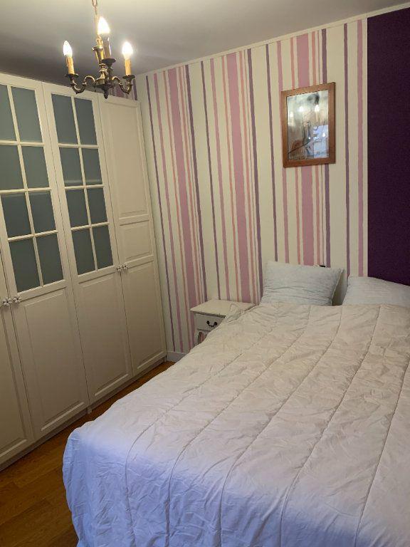 Appartement à louer 2 51.67m2 à Paris 10 vignette-4