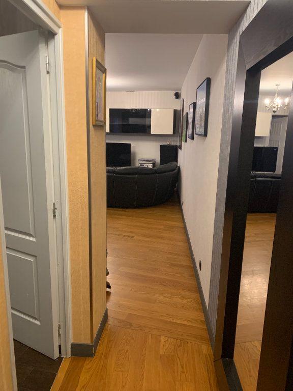 Appartement à louer 2 51.67m2 à Paris 10 vignette-5