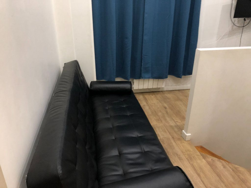 Appartement à louer 2 21.52m2 à Paris 18 vignette-3