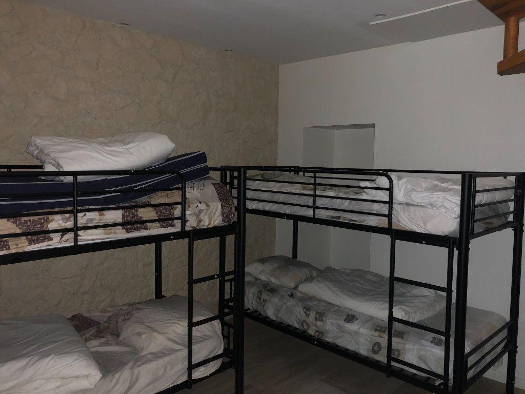 Appartement à louer 2 21.52m2 à Paris 18 vignette-6