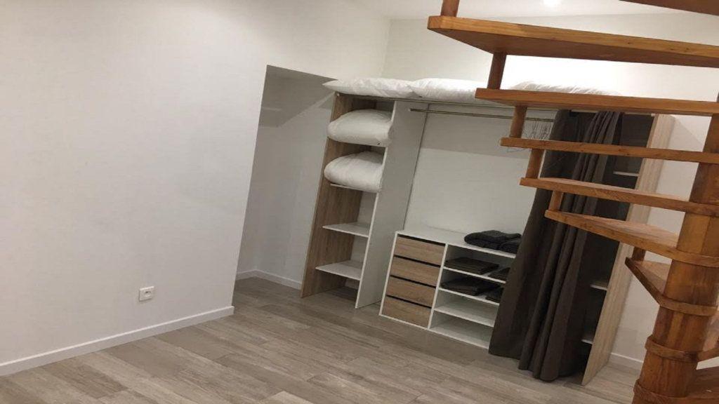 Appartement à louer 2 41.52m2 à Paris 18 vignette-9