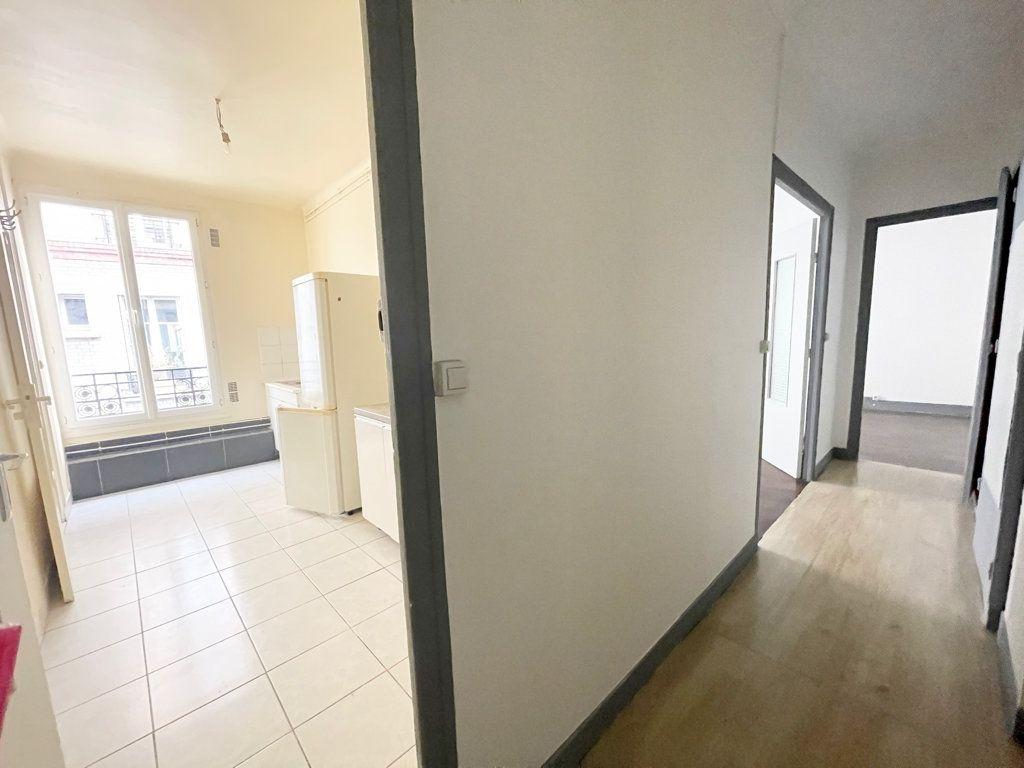 Appartement à louer 2 52.06m2 à Pantin vignette-2