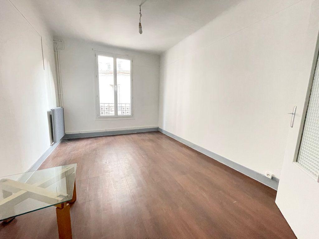 Appartement à louer 2 52.06m2 à Pantin vignette-4