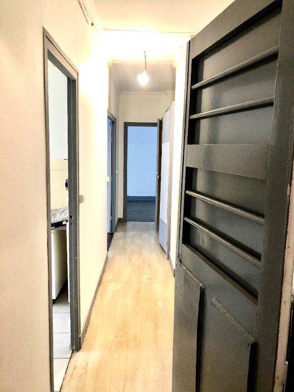 Appartement à louer 2 52.06m2 à Pantin vignette-6