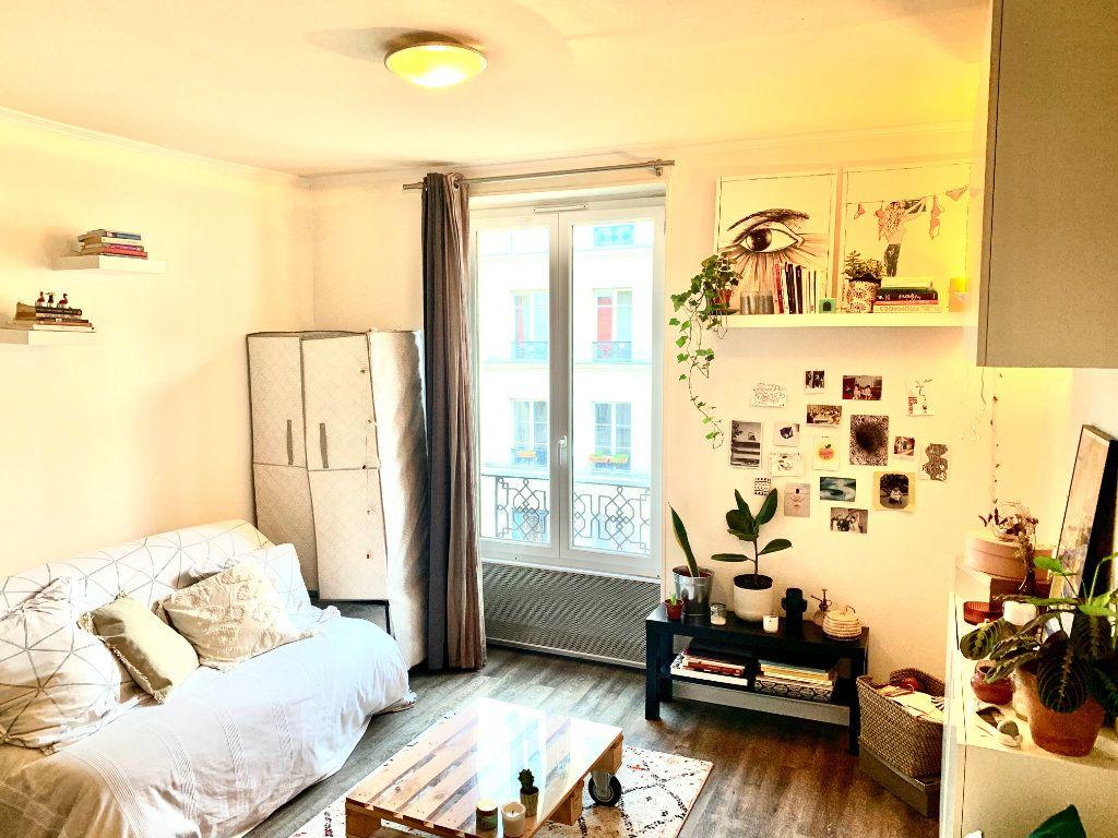 Appartement à louer 1 18.92m2 à Paris 20 vignette-1