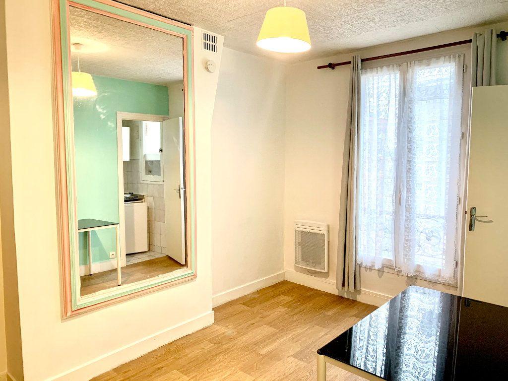 Appartement à louer 1 19.07m2 à Paris 19 vignette-3