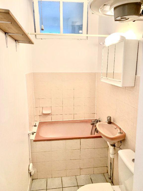 Appartement à louer 1 19.07m2 à Paris 19 vignette-6