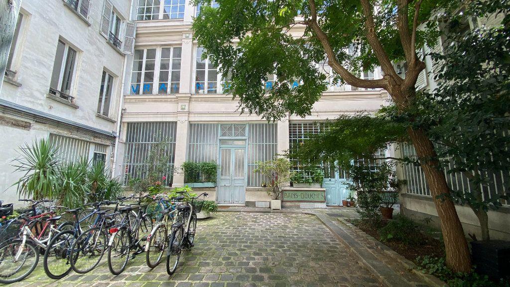 Appartement à vendre 2 50.08m2 à Paris 11 vignette-1