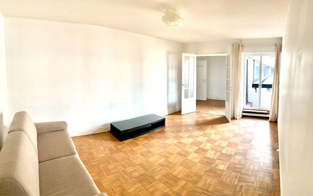 Appartement à louer 2 46.51m2 à Paris 20 vignette-1