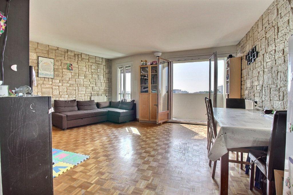 Appartement à vendre 3 60m2 à Les Lilas vignette-2