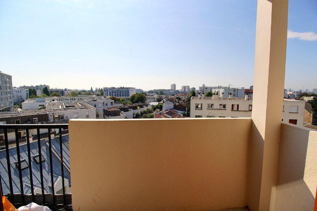Appartement à vendre 3 60m2 à Les Lilas vignette-4