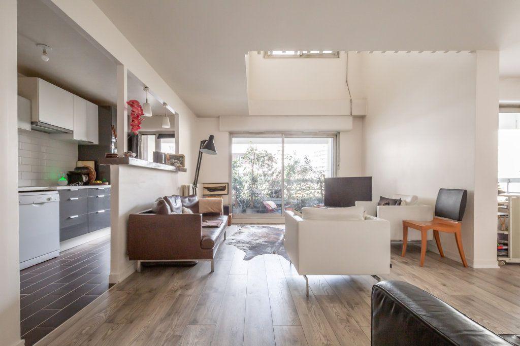 Appartement à vendre 5 108m2 à Paris 19 vignette-2