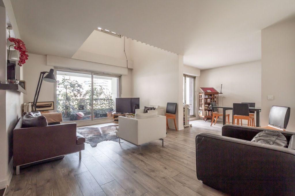 Appartement à vendre 5 108m2 à Paris 19 vignette-3